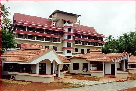 AshtavaidyanThaikkattuMoossVaidyaratnam Nursing Home Thrissur Kerala India